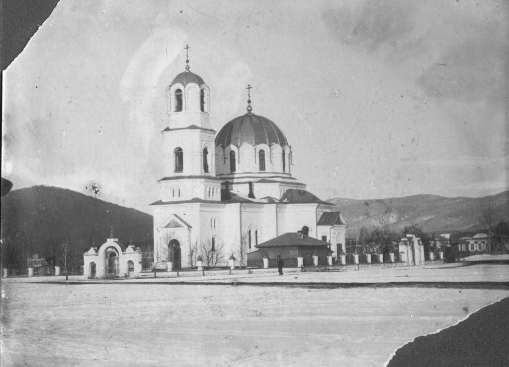 Храм Николая Чудотворца в Белорецке до разрушения